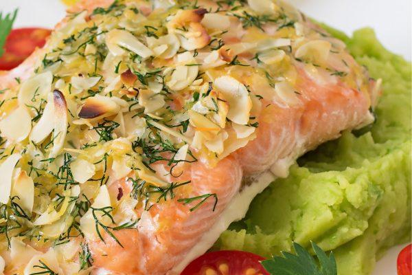 17.281-WF_Recipe Cards_Almond Crusted Salmon-09